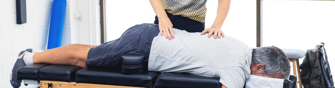 Chiropractor Handle Sciatica